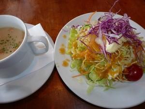 パスタセットのサラダ